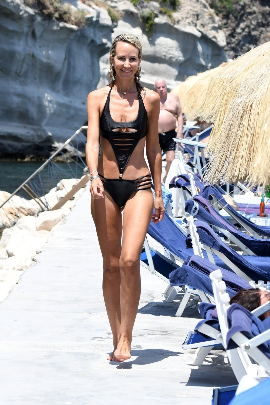 Lady-Victoria-Hervey-was-seen-in-a-black-monokini-at-the-Hotel-Regina-Isabella-i-i6qm2w747x.jpg