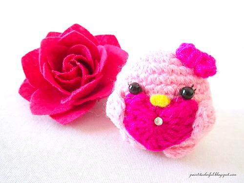 https://paintitcolorful.blogspot.in/2017/02/valentine-birds-amigurumi-pattern.html