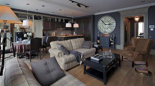 Классический интерьер квартиры в темных тонах от Павла Бурмакина