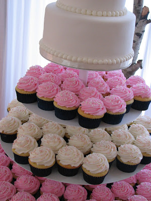 navy blue wedding cake with cupcakes decadent designs s navy blue and pink wedding 17781