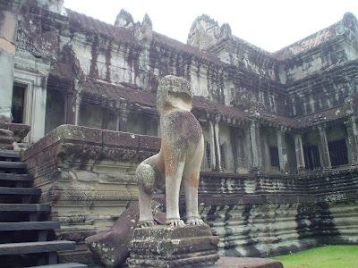 Sculpture Angkor - Cambodia