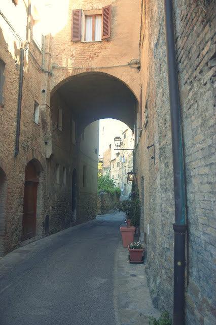 San Gimignano wym. san dżiminiano
