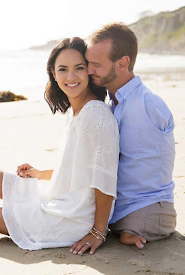 Photos: Man born without legs and arms, Nick Vujicic and his wife are expecting twins