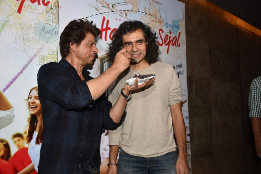 Shah Rukh Khan Celebrated Imtiaz Ali's Birthday