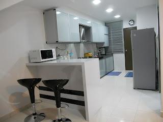 Its My LiFe My Little Kitchen  kos pasang kabinet