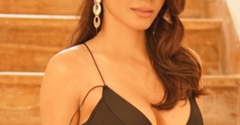 "This Bollywood Actress says""I slept with Many actors for money"""