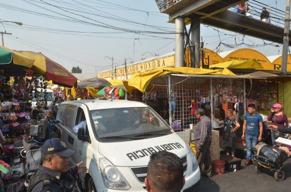 Detienen a 'Vengador' que dio muerte a tres ladrones en el Mercado de Sonora.