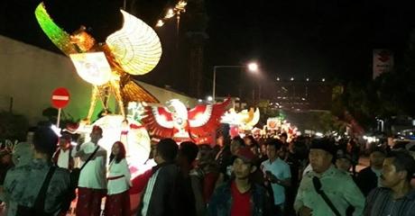 Peringati Hari Lahir Pancasila, Ribuan Masyarakat Nyekar ke Makam Bung Karno