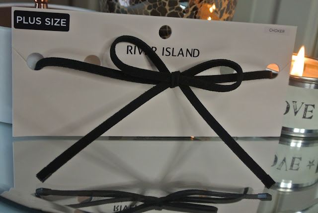 River Island Black Wrap Bow Choker Image