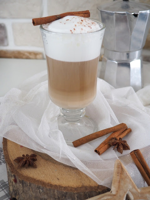 kawa latte domowa