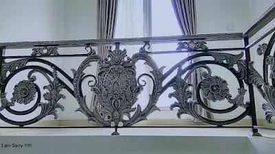 balkon untuk rumah mewah