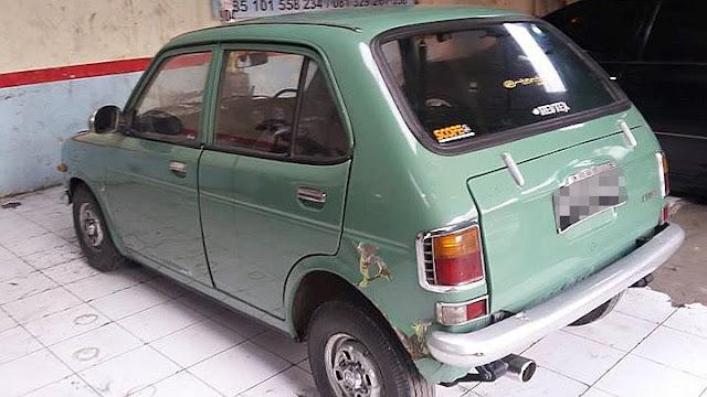 Honda Life SA360 belakang