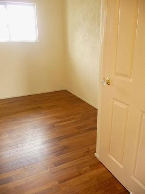 住宅の床に使用したチーク無垢フローリング・部屋
