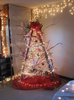 Simply Vintageous By Suzan Christmas Tree Ladders