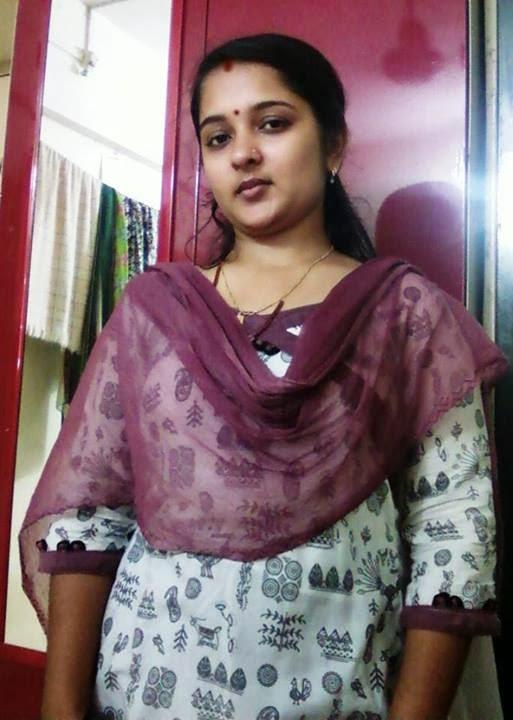 Www Xvideos Com Video33253747 Desi Hot Aunty Xxx Video