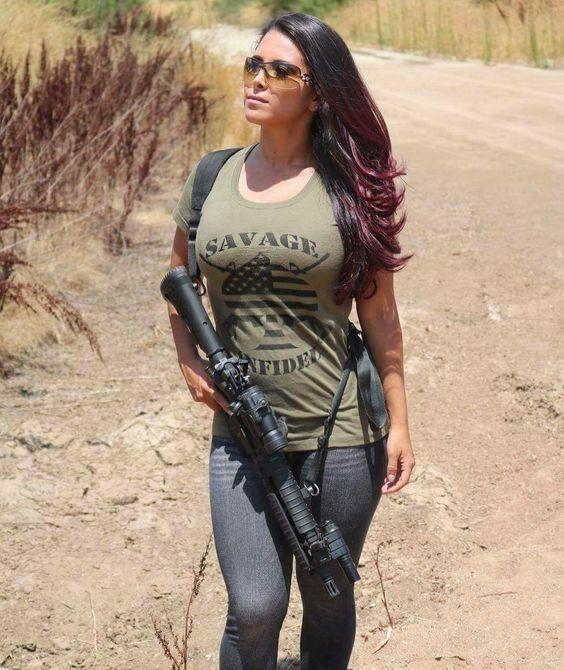Lindas Mulheres Militares