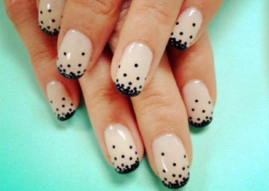 Black And White Easy Nail Art Ideas For Beginners With Dots Scheme