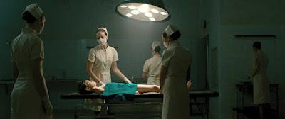 Enfermeras y tratamientos extraños. Evolution 2015
