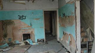 "<img src=""decay inside gatehouse"" alt="" https://derelictmanchester.blogspot.com/p/queens-park-gatehouse.html"" />"