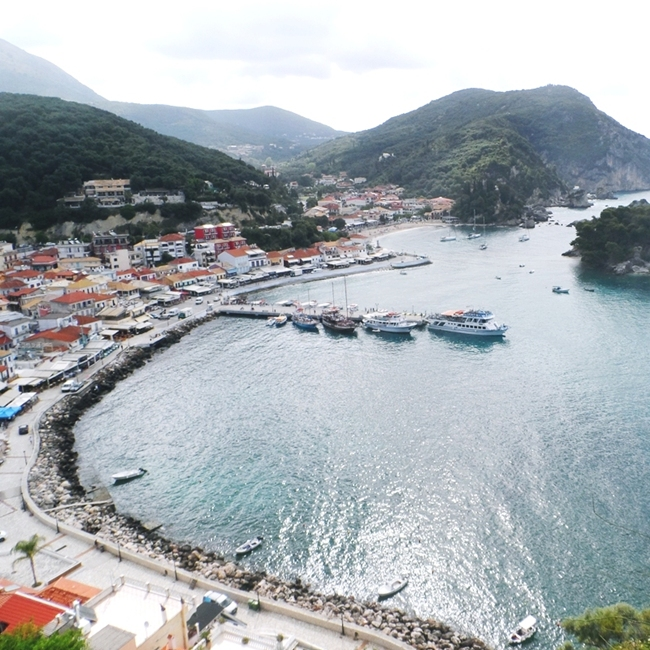 Jelena Zivanovic Instagram @lelazivanovic.Glam fab week.The castle of Parga Kastro travel video.