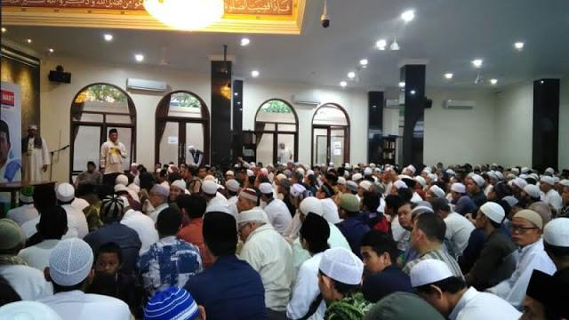 Pesan Ustaz Somad: Allah Tak Tanya Kita NU, Muhammadiyah atau Lainnya