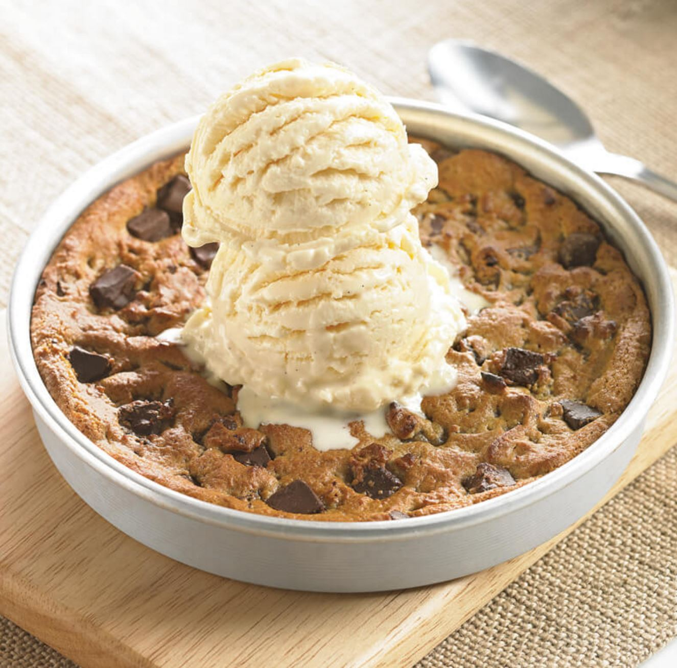 Every Tuesday | Those Freshly Baked Ooey Gooey Pizookies From BJ's Are Only $3!
