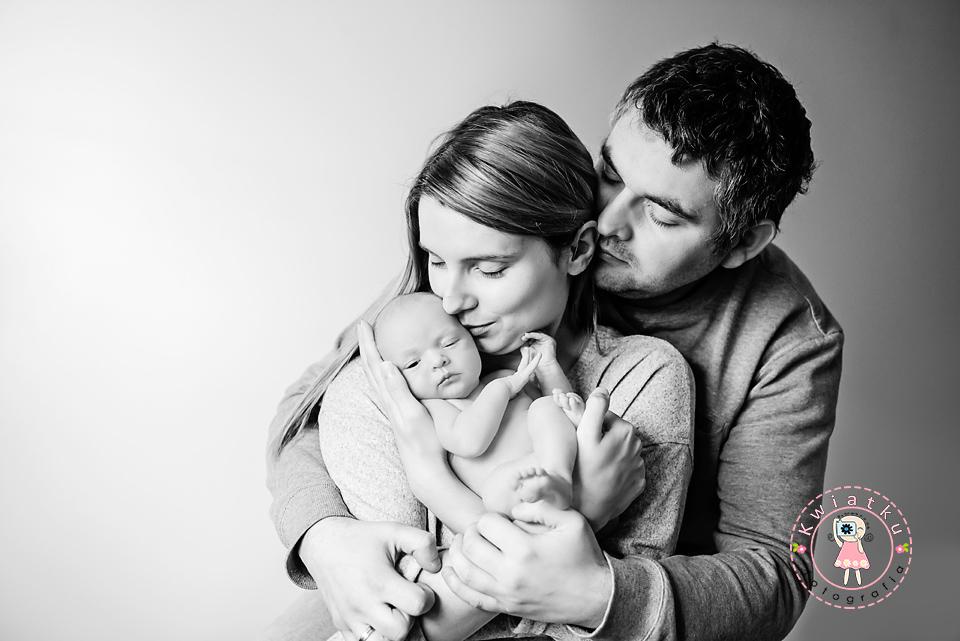 Sesja noworodkowa Trojmisto, sesja ciążowa http://kwiatku.pl/blog/