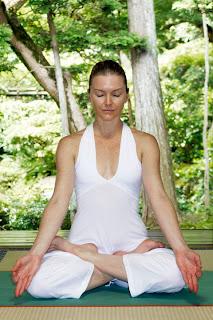 Posturas de meditación • Siddhasana