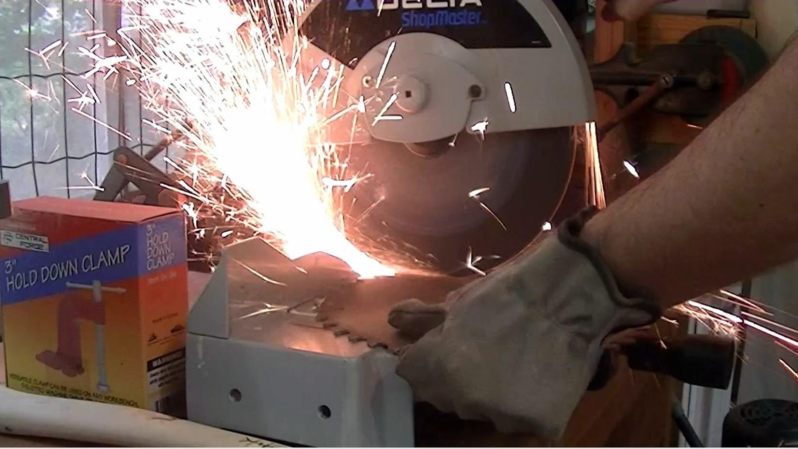 The Wood Knack: Making a saw blade knife