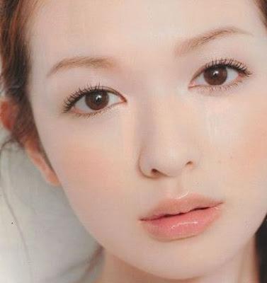 Japanese_Hangover_Makeup_Looks