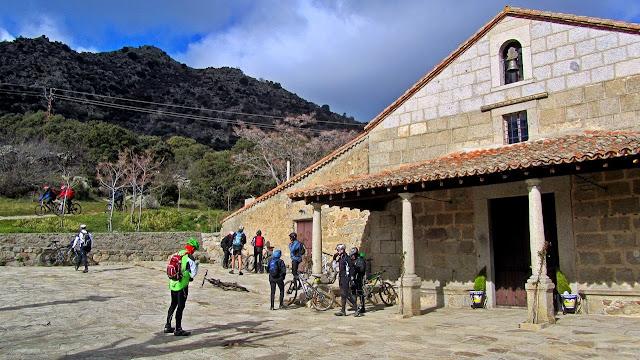 AlfonsoyAmigos - Ermita de Navahonda