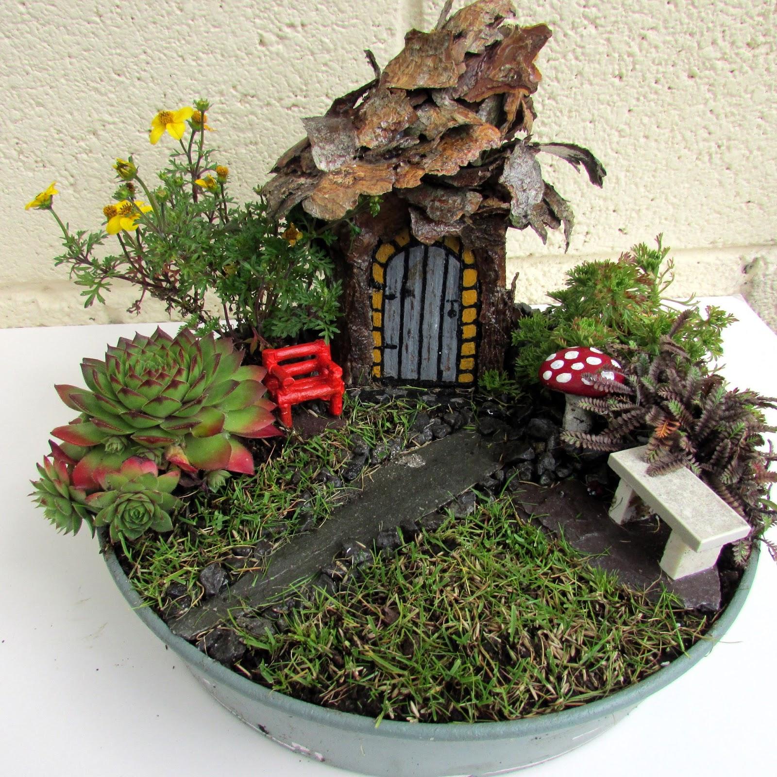 Fairy doors fairy gardens fairy gardens for Fairy doors for sale