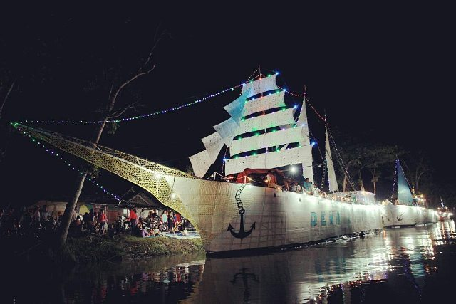 Festival Arung Kanal Sungai Sampean Banyuwangi 2016.