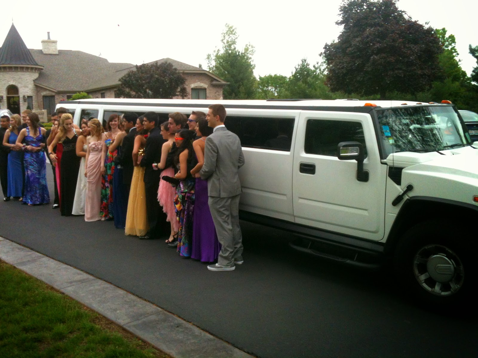 Seattle Top Class Limo party bus rental for auburn riverside high