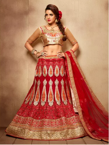 130d60cb195355 ... Lehenga choli are a result of the fusion of western and traditional  styles. The two-piece top will usually have a short choli design or crop top  design ...