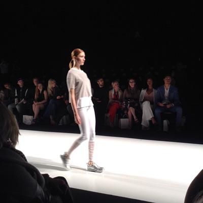 Mondor fashion legwear