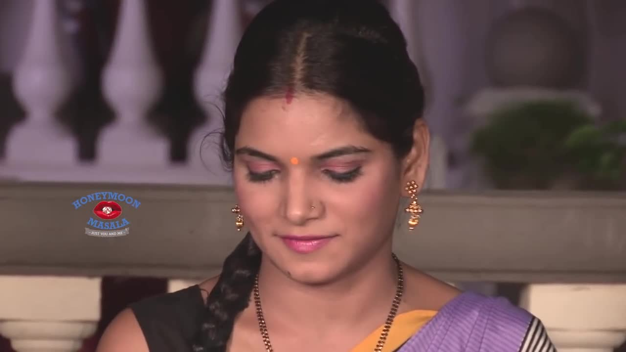 Hot Sexy Indian Bhabhi Videos