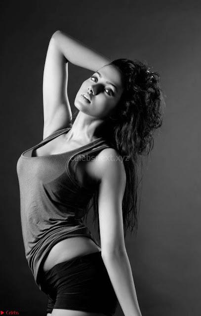 Anjali Gupta Portfolio Spicy Pics 05.jpg