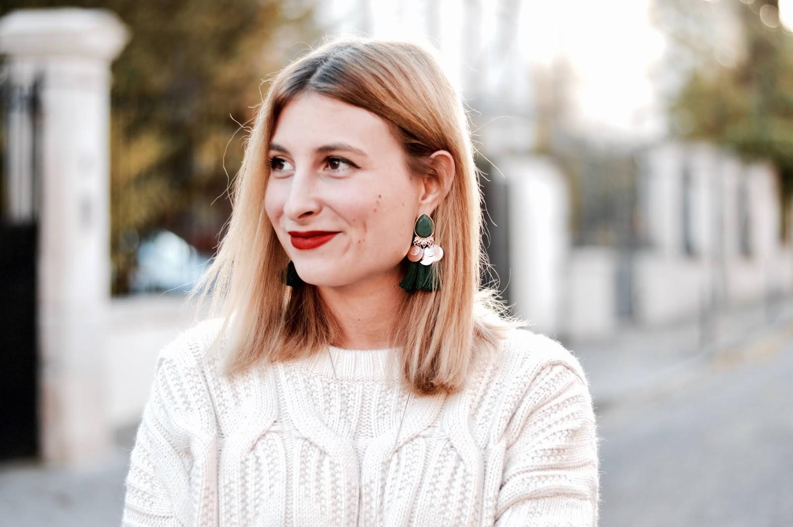 Look femme automne : grosse maille et jupe velours côtelé