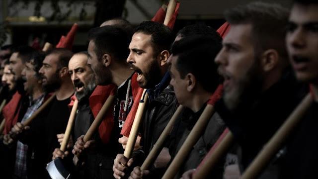 Huelga general contra políticas de austeridad paraliza Grecia