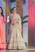 Actress Rakul Preet Singh Stills in Golden Embroidery saree at Rarandoi Veduka Chuddam Audio Launch .COM 0023.jpg
