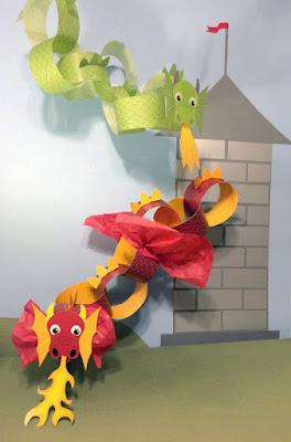 Este imprimible es de dos dragones para montar y poder jugar con él. Se puede escenificar la leyenda de St. George.