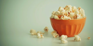 sejarah popcorn sebagai cemilan di bioskop