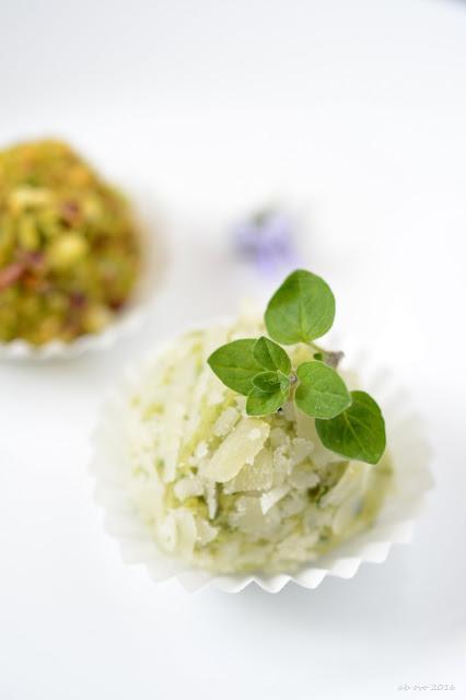 tartufi-di-fave-e-pecorino