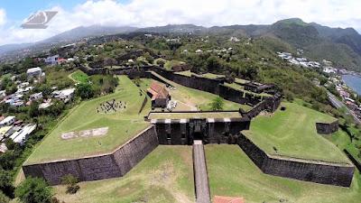 Fort Fleur d'épée vue aérienne