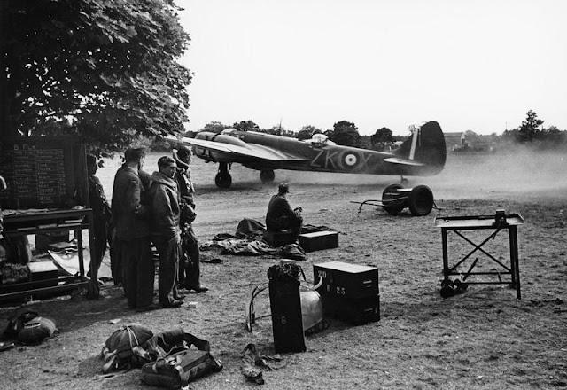 25 July 1940 worldwartwo.filminspector.com Blenheim night fighter