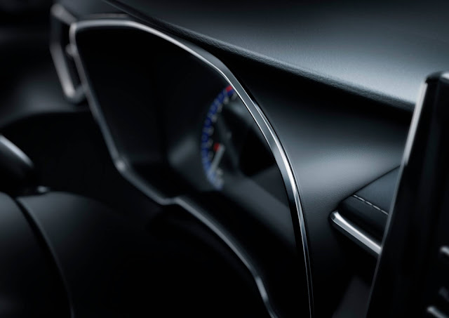Toyota Corolla Hatchback 2019 - painel