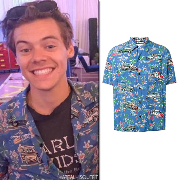 Harry Styles in blue car print Hawaiian shirt saint laurent mens fashion 2017