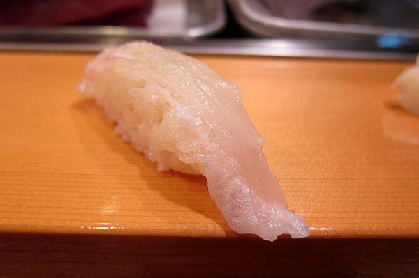 ซูชิปลาคาเรอิ (Karei)