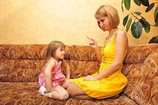 طرق صحيحة لعقاب الطفل دون إيذاءه نفسيًا او بدنيًا